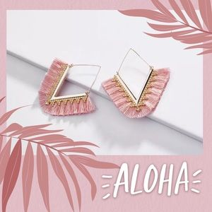 (F) Beautiful Pink Gold Fringe Triangle Earrings